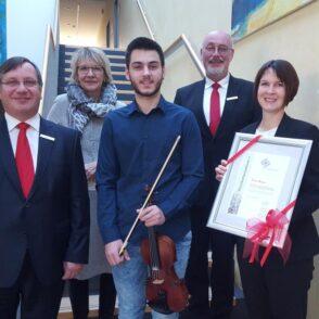 Aus Montenegro zum Musikstipendium